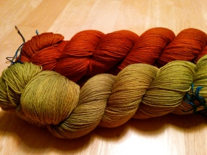 Colorways are Paradise Valley and La Cantante in Mithril (laceweight) from The Verdant Gryphon.